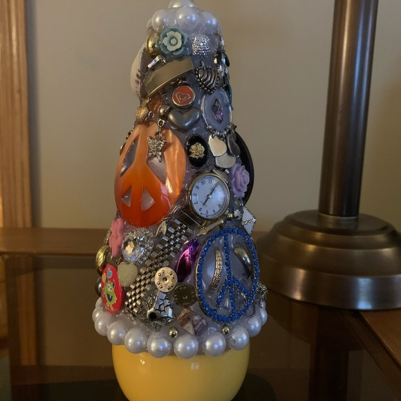 TIME FOR PEACE Junkdrawer Tree Decoration